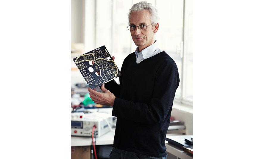 Pierre-Emmanuel Calmel, Ingeniero electrónico y socio fundador de Devialet